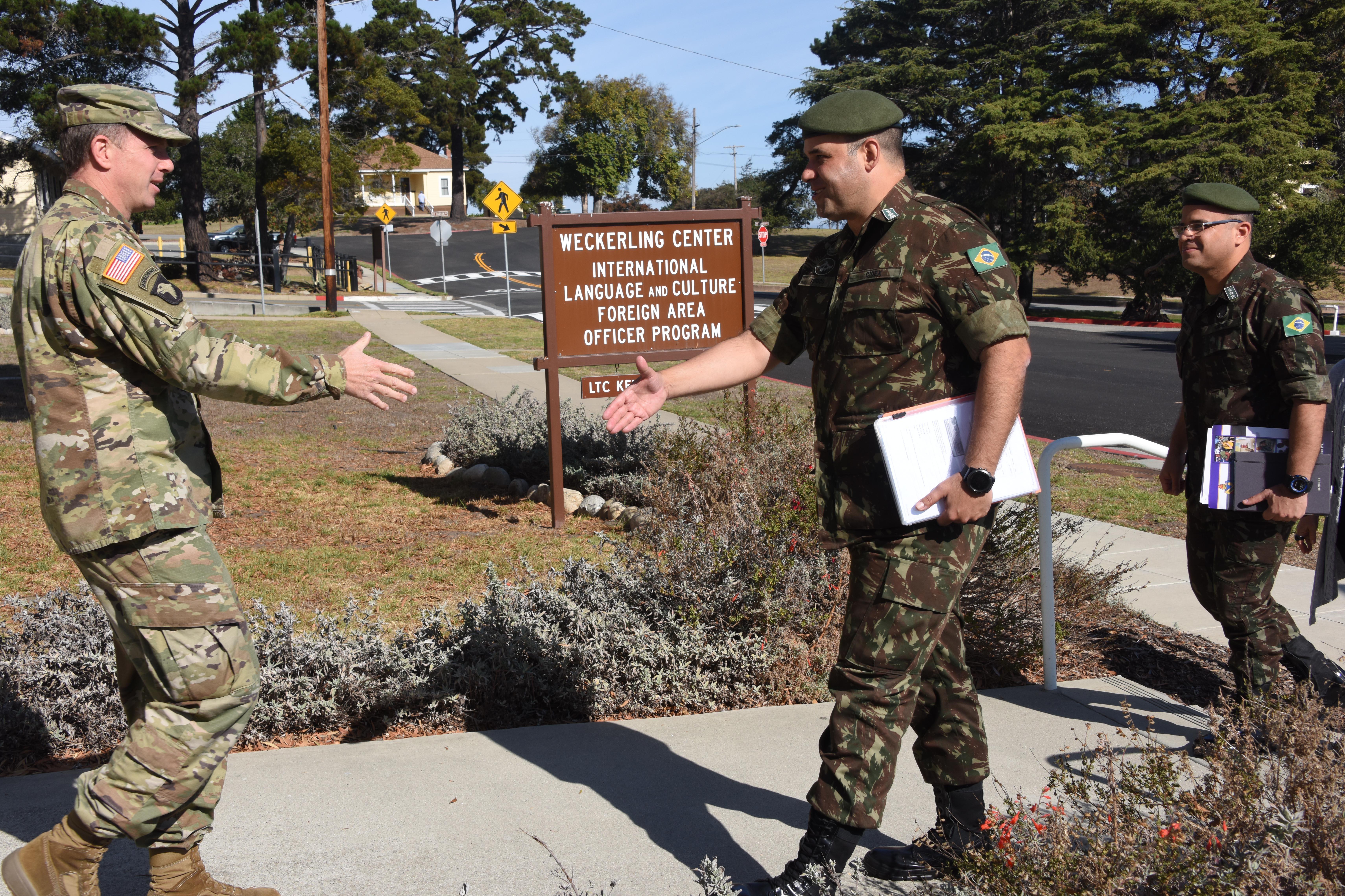 Brazilian Army Language Center officers visit DLIFLC
